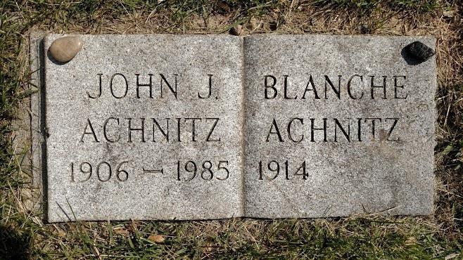 john-achnitz-headstone